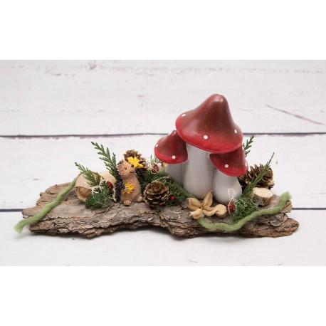 Igel und Pilz