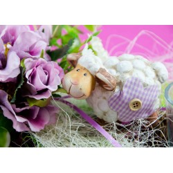 Schaf in Blumen